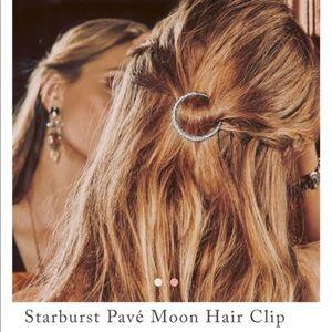 NWOT Chloe + Isabel Moon Hair Clip